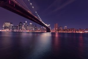 The Brooklyn bridge, The liveliness of a big city is one of the biggest pros and cons of living in a big city