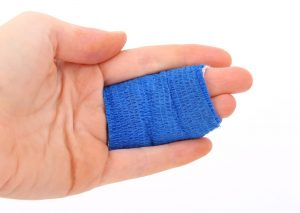 Prevent moving injuries, wear gloves to protect your fingers!