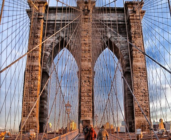 The Brooklyn Bridge you will admire eery day when living in Brooklyn.