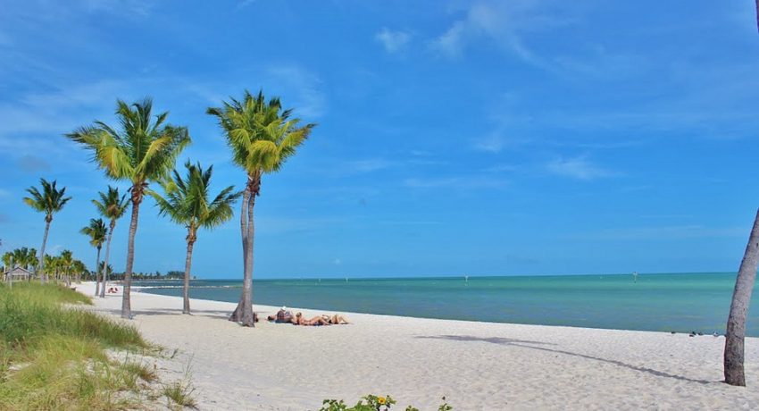 A beach in one of the cities in Florida with the best climate.
