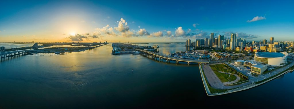 A panoramic view of one part of Florida.