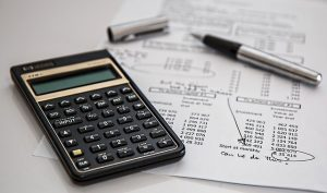 Calculating the reasons to get moving insurance.