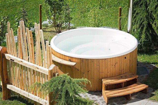 Hot Tub Garden - The ultimate guide to moving a hot tub